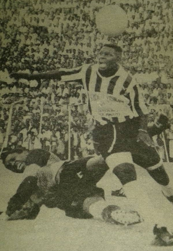'Be more aggressive in front of goal' – former striker encourages Bosso players